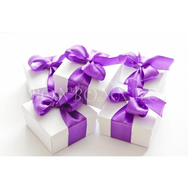 Подарки фиолетового цвета